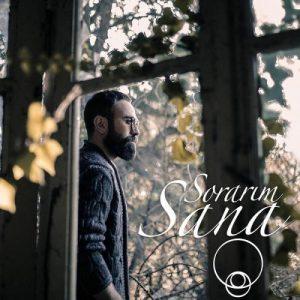 Adem Gumuskaya Sorarim Sana 300x300 - دانلود آهنگ جدید آدم گوموشکایا به نام سوراریم سانا