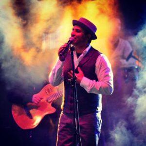 Rafet El Roman Bahcede Yesil Cinar 300x300 - دانلود آهنگ جدید رافت الرمان به نام باهچه ده یشیل چینار